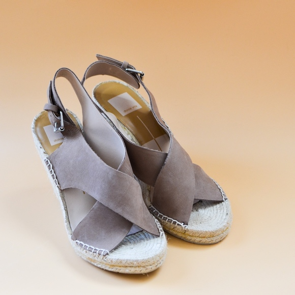 b2d75fdeddc9 dv Dolce Vita Savoy Wedge Espadrilles Sandals